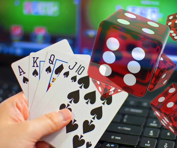 What is it great about online casinos that are gaining traction?