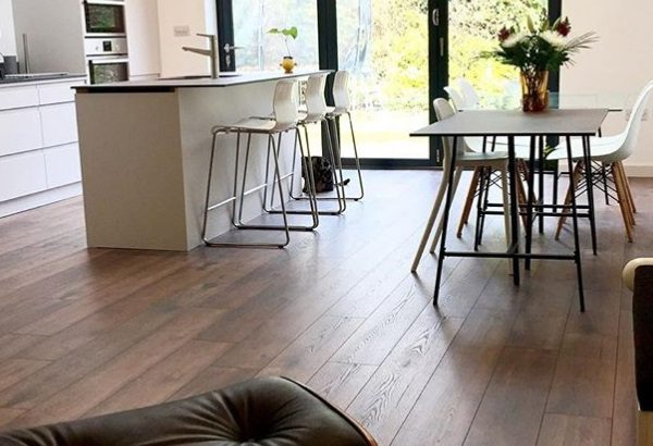 Pros and Cons of Laminate Flooring