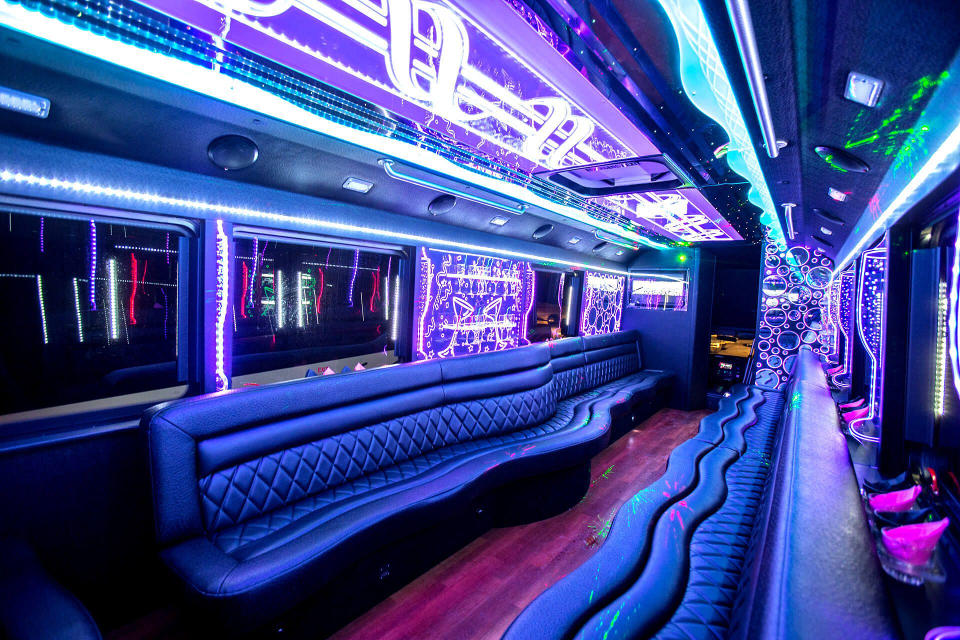 Reasons to rent a party bus for prom